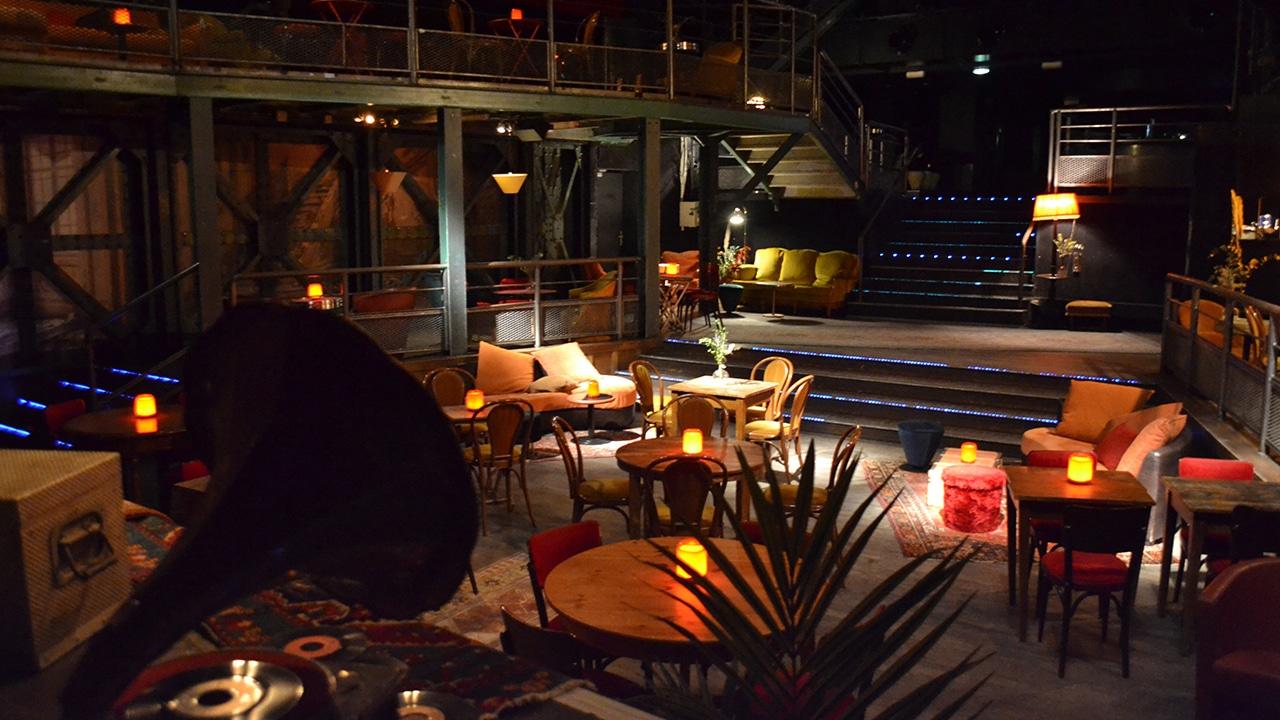 Machine du Moulin Rouge - Le Central