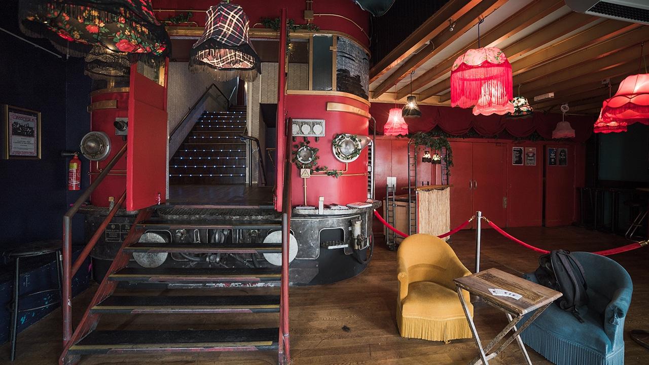 Machine du Moulin Rouge - L'Entrée